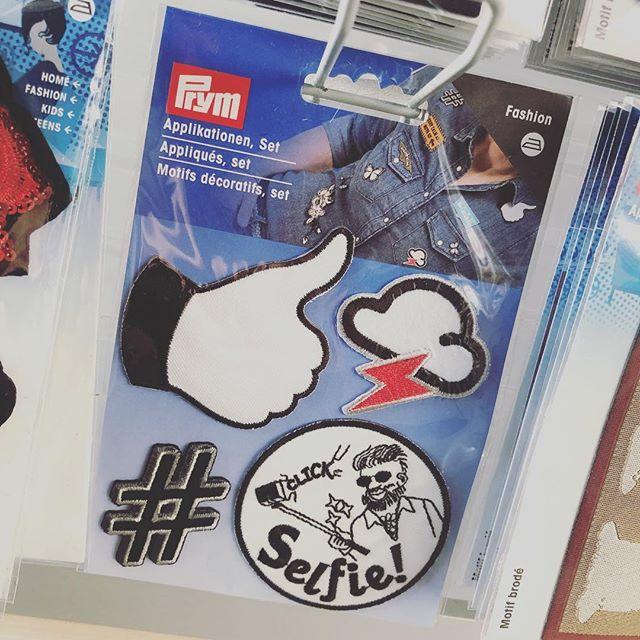 Coole Applikationen zum Aufpeppen von Jacken, Jeans und viel mehr 🧢 #stoffladen #griesheim #darmstadt #nähenistoll #nähenistwiezaubernkönnen #nähenmachtsüchtig