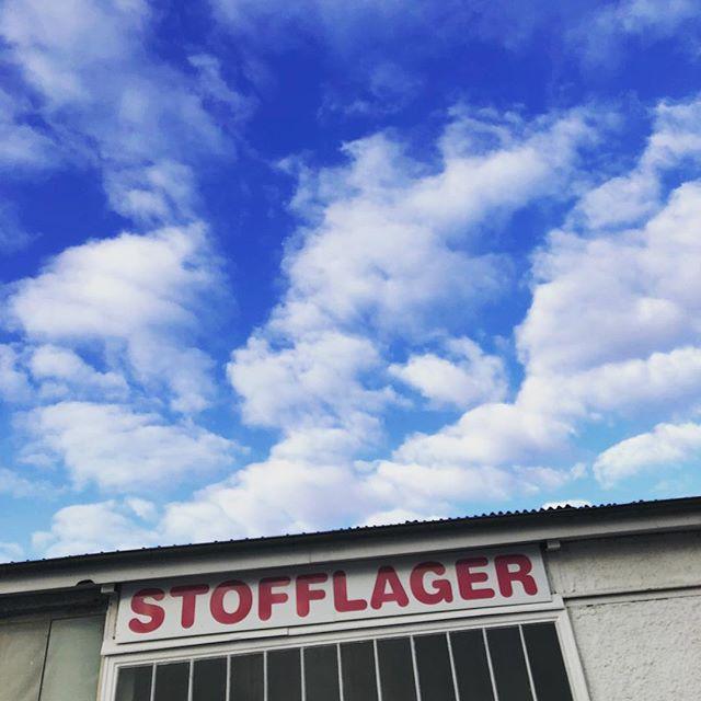 Einen schönen guten Morgen aus deinem Stofflager #griesheim #darmstadt #stoffladen #stoffliebeistwahreliebe